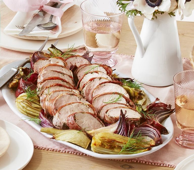 Prosciutto-wrapped pork tenderloin with roasted fennel